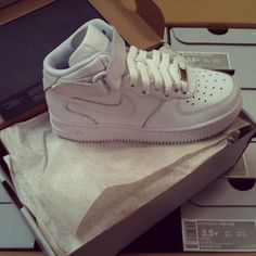 Air Force 1 mid kids, for the style icons of tomorrow. #airforce1mid #nike #gobritain