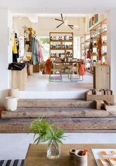 Retro Inspiration | Showroom | Business | Office | Vintage Decor #fabdecor