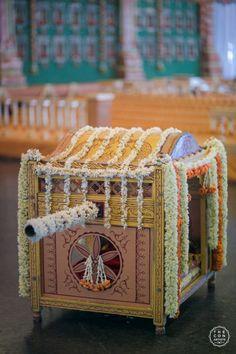 Wedding Favors - Miniature Palki as a Wedding Favor WedMeGood Pratyusha & Nischinth (Hyderabad) Indian Wedding Gifts, Desi Wedding Decor, Indian Wedding Planning, Indian Wedding Decorations, Wedding Crafts, Flower Decorations, Bengali Wedding, Telugu Wedding, Backdrop Decorations