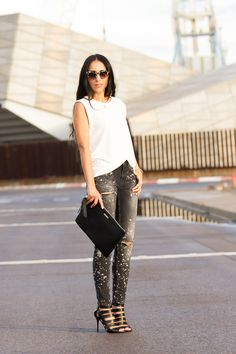 Spotted Jeans and Jimmy Choo Sandals with Balmain style leather jacket.  More pics and details:  http://www.withorwithoutshoes.com/2014/10/chaqueta-cuero-estilo-Balmain-sandalias-Jimmy-Choo.html
