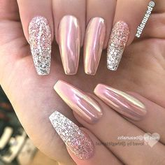 Nails christmas Rose gold pink chrome and glitter silver ombré nail ballerina shape gel nail ar. Rose gold pink chrome and glitter silver ombré nail ballerina shape gel nail art design Chrome Nail Art, Chrome Rose Gold Nails, Chrome Nail Colors, Acrylic Nails Chrome, Color Nails, Gel Nagel Design, Gel Nail Art Designs, Chrome Nails Designs, Silver Nail Designs