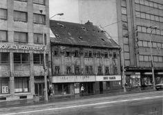 namestie SNP Bratislava, Old City, Geo, Nostalgia, Old Things, Louvre, Street View, Times, Landscape