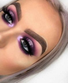Todo tipos de outfit.  Si no sabes cómo combinar la ropa o no sabes q… #detodo # De Todo # amreading # books # wattpad Purple Makeup Looks, Purple Eye Makeup, Smoky Eye Makeup, Makeup Eye Looks, Colorful Eye Makeup, Eye Makeup Tips, Cute Makeup, Glam Makeup, Gorgeous Makeup