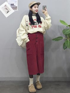 Source by blacces Korean Fashion Kpop Inspired Outfits, Korean Street Fashion, Korea Fashion, Korean Outfits, Asian Fashion, Fashion Outfits, Womens Fashion, Casual Fall Outfits, Modest Outfits