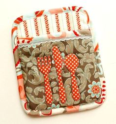 """""""Let's Eat"""" Potholder » Flamingo Toes. I love this adorable pot holder from @Bev {Flamingo Toes}"""