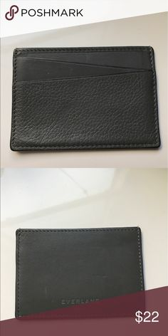❗️VERY GOOD condition❗️ ID/card case wallet See pics for general signs of wear. In very good condition overall. You can view item details on Everlane's site: https://www.everlane.com/products/mens-cardcase-black?utm_source=pepperjam&utm_medium=1-6819&utm_campaign=58012&clickId=2019960025 Everlane Accessories Key & Card Holders