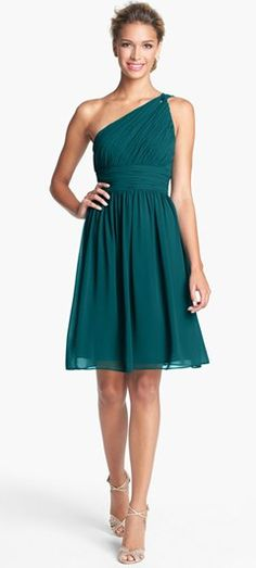 Gorgeous bridesmaid dress in teal.