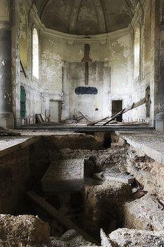 Gravestone Church