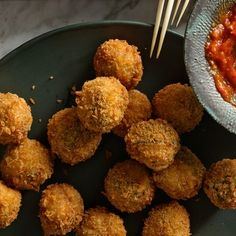 Meatball Recipes, Pork Recipes, Cooking Recipes, Cheesy Recipes, One Bite Appetizers, Appetizer Recipes, Dinner Recipes, Party Appetizers, Healthy Appetizers
