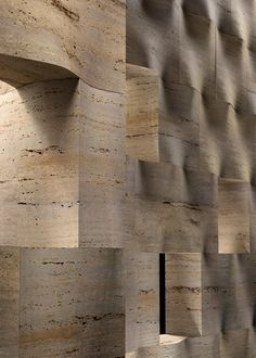 Materia Litica also shows how stone, a material which is con-sidered to be difficult to change and consequently of limited flexibility for current architectural requirements, in actual fact has a mutable spirit which can be expressed in full through a clever design planning.