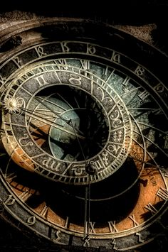 https://flic.kr/p/yfqV4y | Astronomical Clock
