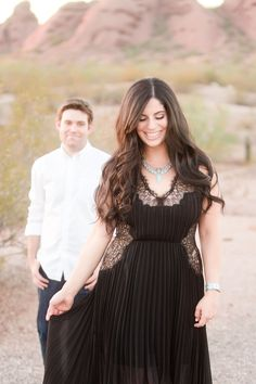 Your Jubilee: Desert Engagement Photo Shoot