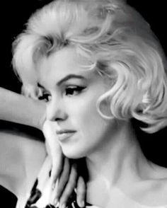 ★ Marilyn Monroe ♡ Old Hollywood ★ Howard Hughes, Cary Grant, Divas, Norma Jean Marilyn Monroe, Art Visage, Estilo Rock, Actor Studio, Norma Jeane, Misfits