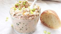 Rillettes de Thon Gingembre Orange - Expolore the best and the special ideas about Frugal meals New Cooking, Cooking Recipes, Frugal Meals, Easy Meals, Easy Canapes, Canapes Ideas, Mousse, Brunch Buffet, Easy Healthy Recipes