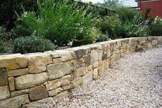 mur de jardin -soutènement-pierre-naturelle