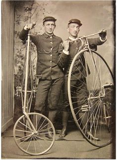 Telegraph Messengers posing with their High Wheelers - Tintype taken in the The invention of the daguerreotype - the earliest photographic process - in 1839 brought portraiture to the masses. Antique Photos, Vintage Pictures, Vintage Photographs, Old Pictures, Vintage Images, Old Photos, Velo Vintage, Vintage Cycles, Antique Bicycles