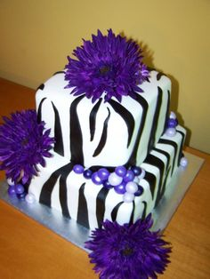 Image detail for -Cakes by Kristen H.: Zebra Print with Purple Gerber Daisies Zebra Birthday Cakes, Zebra Print Birthday, Purple Birthday, Zebra Party, Purple Party, Beautiful Cakes, Amazing Cakes, Zebra Print Cakes, Zebra Cakes