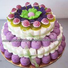 Torta Elvira Food C, Sweet Cones, Candy Cakes, Cupcakes, Candy Bouquet, Candy Table, Candy Party, Christmas Goodies, Birthday Cake