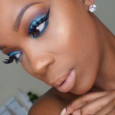 earrings @queenpee  #princesspjewelry EYES @urbandecaycosmetics electric…