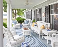 .love this porch