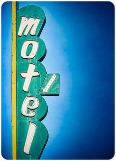 Vintage sign Grove Motel by Shakes The Clown, via Flickr