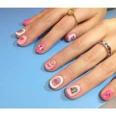 Character Nail Art @onnu_nail of Instagram