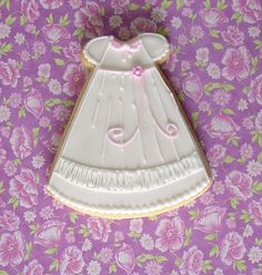 Christening gown cookie.