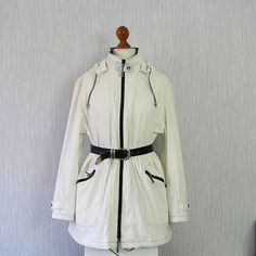 Vintage Rain Jacket Coat Trench Cape Coat Avant by DamovFashion