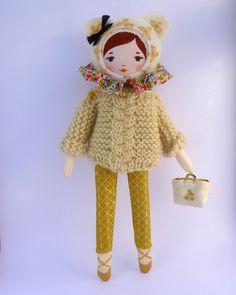The prettiest cloth doll! kit poupée Mademoiselle Dimanche