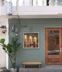 Benefits of Using Interior Wood Doors Cafe Shop Design, Store Design, Cafe Bistro, Cafe Bar, Modern Restaurant, Restaurant Interior Design, Entrance Design, Entrance Doors, Chula