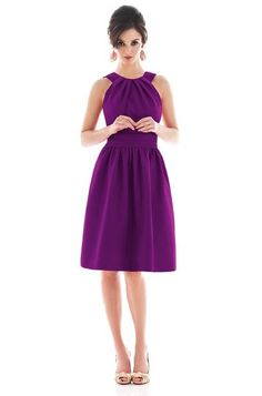 Alfred Sung D492 Bridesmaid Dress | Weddington Way @Leah Looten - did you try this on