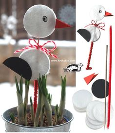 Read more about craft ideas for toddlers Animal Crafts For Kids, Spring Crafts For Kids, Diy For Kids, Eye Make-up Remover, Make Up Remover, Preschool Crafts, Easter Crafts, Deco Floral, Baby Party