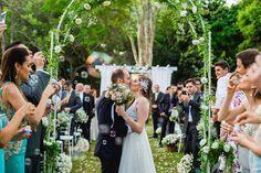 Casamento no interior de SP – Carla e Bruno http://lapisdenoiva.com/casamento-carla-e-bruno/ Foto: Julia e Camila
