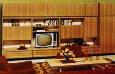 furniture decor 1977 by retro-space, - 70s Furniture, Futuristic Furniture, Mid Century Modern Furniture, Vintage Furniture, Furniture Design, Mid-century Interior, Vintage Interior Design, Vintage Interiors, 1970s Decor