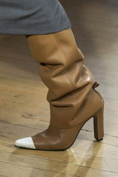 Stunning Women Fall Boots from 38 of the Awesome Women Fall Boots collection is the most trending shoes fashion this season. This Women Fall Boots look related to shoes, womenshoes, footwear and. High Heel Boots, Heeled Boots, Shoe Boots, Women's Shoes, High Heels, Pink Shoes, Baskets, Shoe Wardrobe, Pretty Shoes