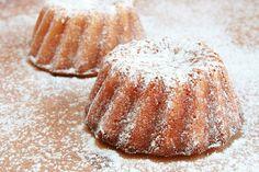 Tiramisu (s bezlepkovou variantou) Gluten Free Baking, Types Of Food, Tiramisu, Vegetarian, Sugar, Bread, Recipes, Brot