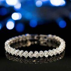Prix France: vente de vêtement et accessoires iPhone pas cher en france Diamond Bracelets, Bangles, Accessoires Iphone, Mon Cheri, Wish Shopping, News Design, Lady, Wedding Rings, Shopping
