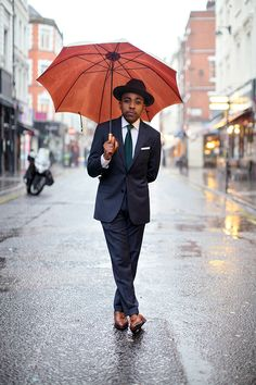 Nigel Ruwende of The Sartorial 7 wearing REISS Marquis blazer, trousers, Cutler tie & Culross shoes. #LCM