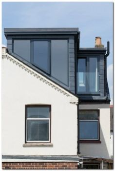 Modern L-shaped loft conversion by Holland and Green. to find out if you could do something similar to your house! Loft Conversion Cost, Dormer Loft Conversion, Loft Conversions, Loft Conversion French Doors, Extension Veranda, Roof Extension, Extension Ideas, Loft Room, Bedroom Loft