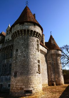 Aquitaine, Montbazillac Castle, France - Many castles were originally built from earth and timber