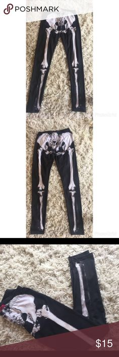 Skull leggings Say size M but I would say S-M because when I started gainin wait they started looking more see-through. Loved them when they fit but I grew out of them . Make an offer 😊 Body Central Pants Leggings