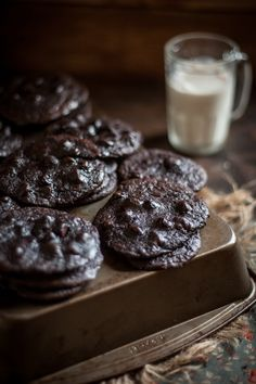 Flourless Chocolate Cookies | 21 Flourless Chocolate Desserts That Will Never Let You Down #chocolates #sweet #yummy #delicious #food #chocolaterecipes #choco