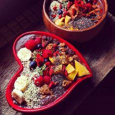 #BreakfastCriminals acai bowls