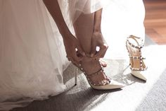 Valentino, Ballet Shoes, Dance Shoes, Heels, Wordpress, Fashion, Colorful Shoes, Footprint, Bride Shoes