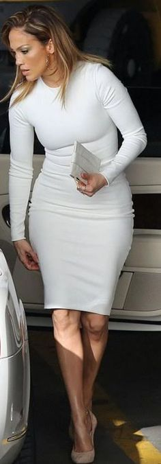 Who made Jennifer Lopez's white dress and suede tan pumps?
