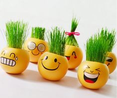 Cheap miniature plant, Buy Quality head planters directly from China grow seed Suppliers: Planter Grass Growing Seed Head Planters Bonsai Pot Ceramic Doll Pot Miniature Plants Heads Desktop Decoration Pot Bottle Painting, Bottle Art, Bottle Crafts, Painted Clay Pots, Painted Flower Pots, House Plants Decor, Plant Decor, Paint Garden Pots, Pottery Painting Designs