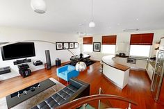 Jamie Olivers former home is on the market!