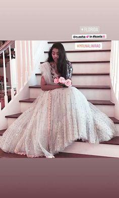 Pattu Saree Blouse Designs, Indian Fashion, Tulle, Gowns, Skirts, Dresses, Vestidos, Vestidos, Skirt