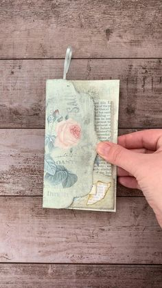 Print & craft this beautiful rose themed folding junk journal insert. From My Porch Prints. Mini Scrapbook Albums, Scrapbook Journal, Scrapbook Cards, Pocket Scrapbooking, Handmade Journals, Handmade Books, Handmade Envelopes, Handmade Notebook, Fancy Fold Cards