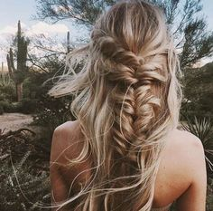 Braided hairstyles are quite popular nowadays. It looks charming and luscious. To get a funky look it's possible to carry these braided hairstyles. Bohemian Hairstyles, Pretty Hairstyles, Hairstyle Ideas, Fishtail Hairstyles, Wedding Hairstyles, French Hairstyles, Fishtail Braid Hairstyles, Summer Hairstyles, Style Hairstyle